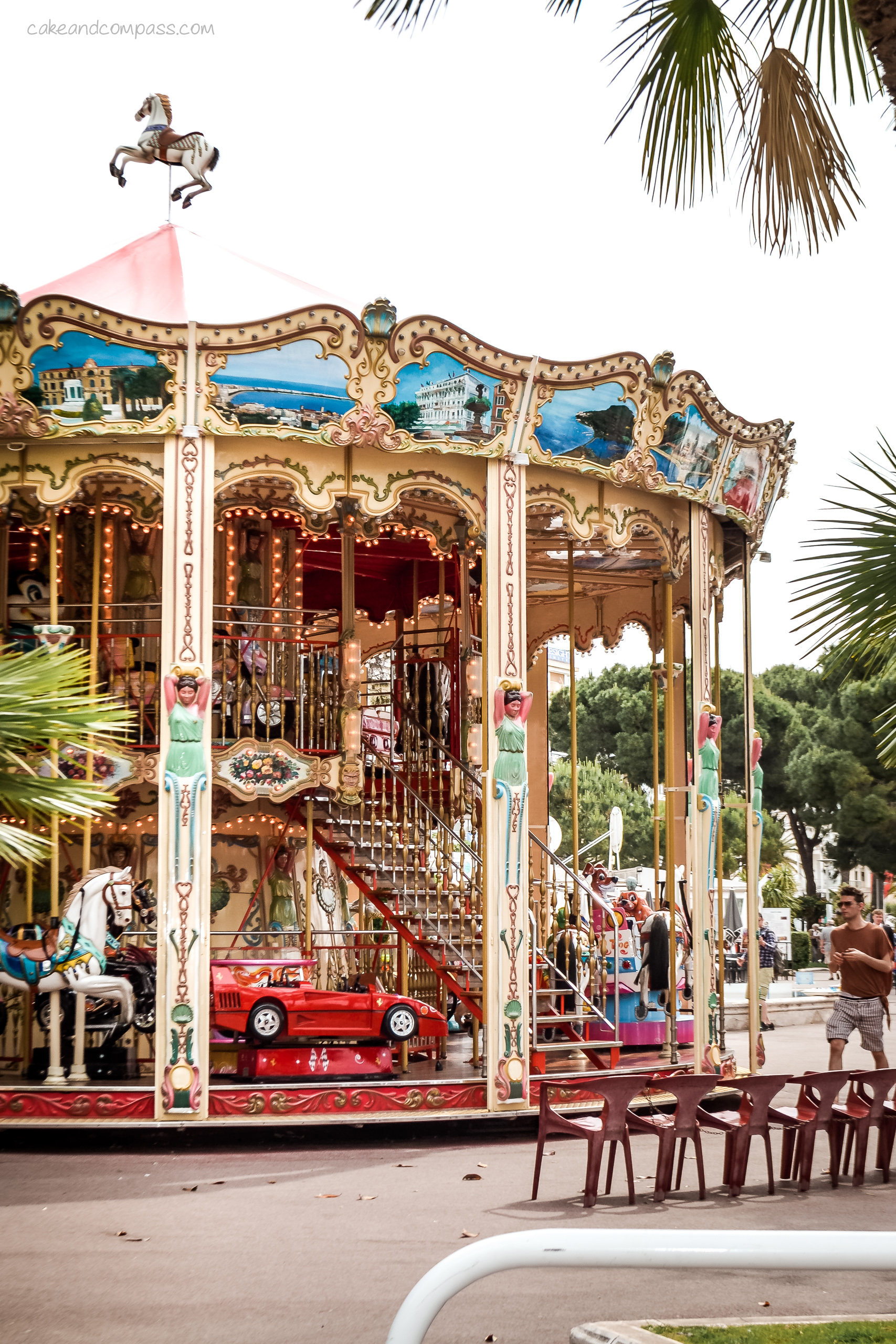 Frankreich: Karussell in Cannes